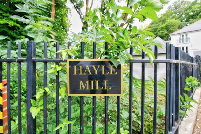 Front Entrance of Hayle Mill Road, Maidstone ME15