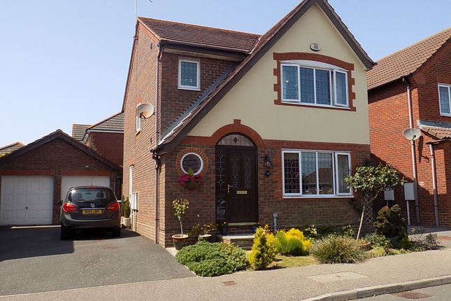 Thumbnail Detached house for sale in Mole Close, Stone Cross, Pevensey