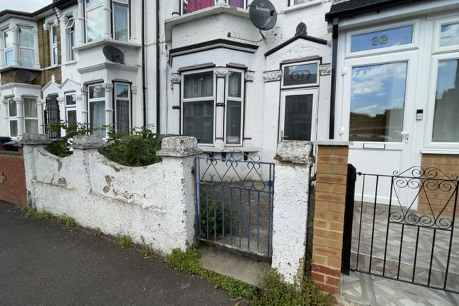 Thumbnail Terraced house to rent in Leyton, London