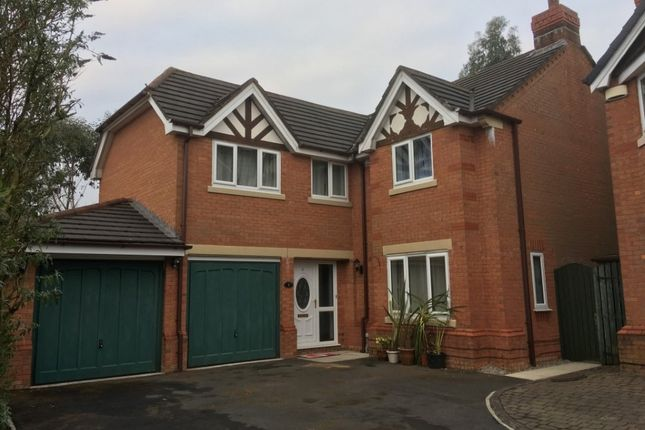Detached house to rent in Portfield Close, Bolton