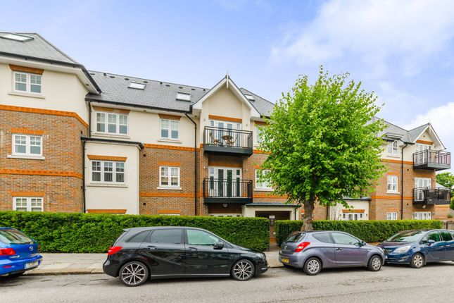 Thumbnail Flat for sale in Chelmsford Road, Southgate