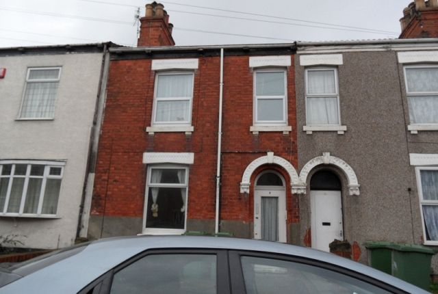 Thumbnail 1 bed flat to rent in Macaulay Street, Grimsby