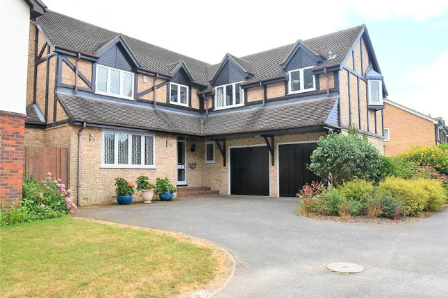 Thumbnail Detached house to rent in Fullerton Way, Tadley, Hampshire