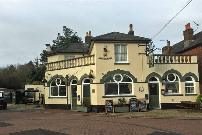 Thumbnail Pub/bar to let in Priory Road, Southampton