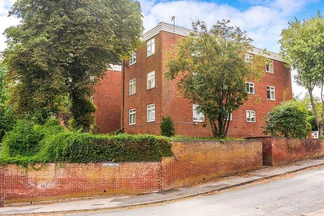 1 bed flat to rent in Elgar Court, Worcester WR3