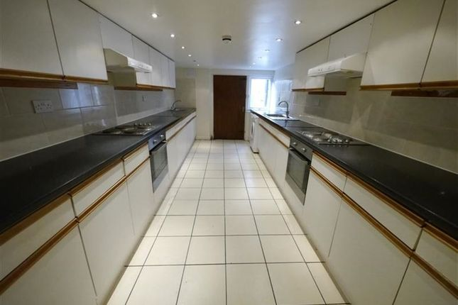 Thumbnail Property to rent in Kirkstall Lane, Headingley, Leeds
