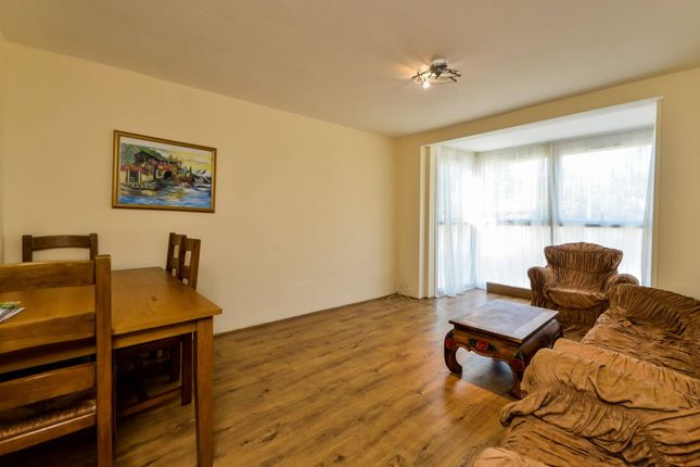 Thumbnail Flat to rent in Church Hill, Walthamstow