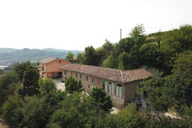 Thumbnail Farm for sale in Località Santa Libera, Cossano Belbo, Cuneo, Piedmont, Italy