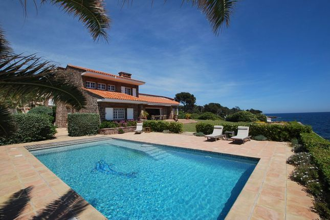 Thumbnail Villa for sale in Les Issambres, Alpes-Maritimes, Provence-Alpes-Côte D'azur, France