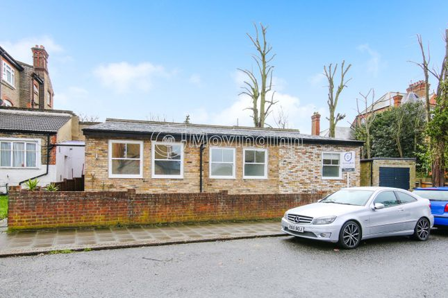 Thumbnail Detached bungalow to rent in Killieser Avenue, Streatham Hill