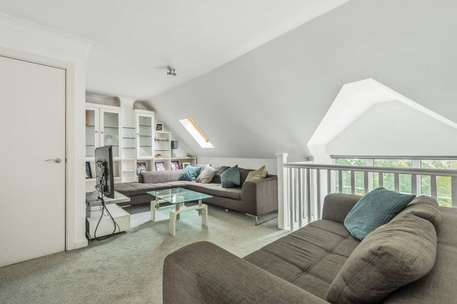 3 bed flat for sale in Wharf Way, Hunton Bridge, Kings Langley WD4