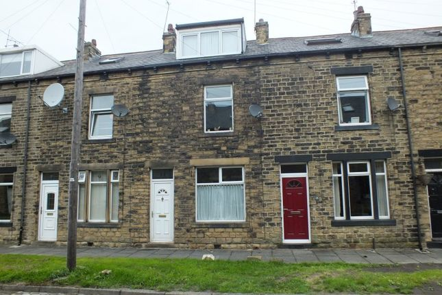 Thumbnail Terraced house to rent in Oakroyd Mount, Stanningley, Leeds