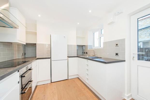 Thumbnail Town house to rent in Tuskar Street, London