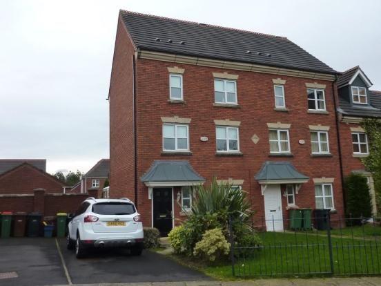 Thumbnail Town house to rent in Ladybank Avenue, Preston