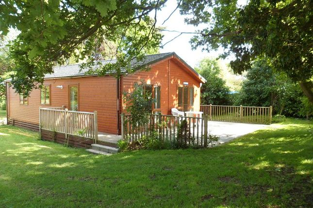 Thumbnail Mobile/park home to rent in Abbey Road, Leiston