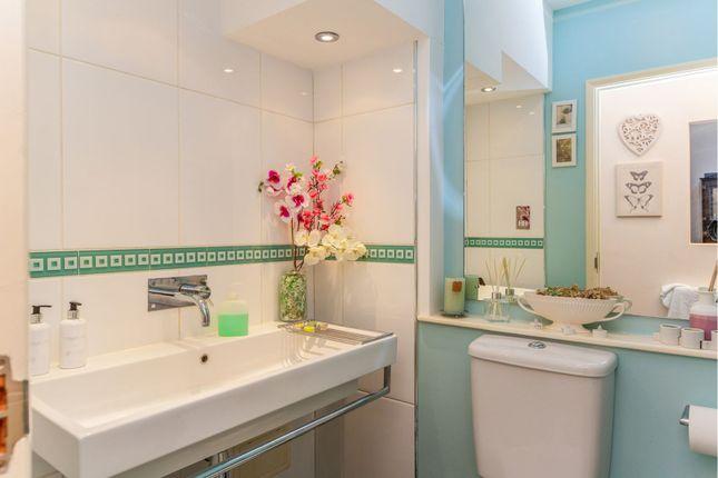 Bathroom of Riverside Road, Stamford Hill N15