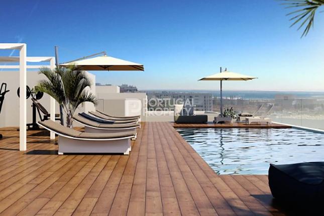4 bed apartment for sale in Faro, Algarve, Portugal