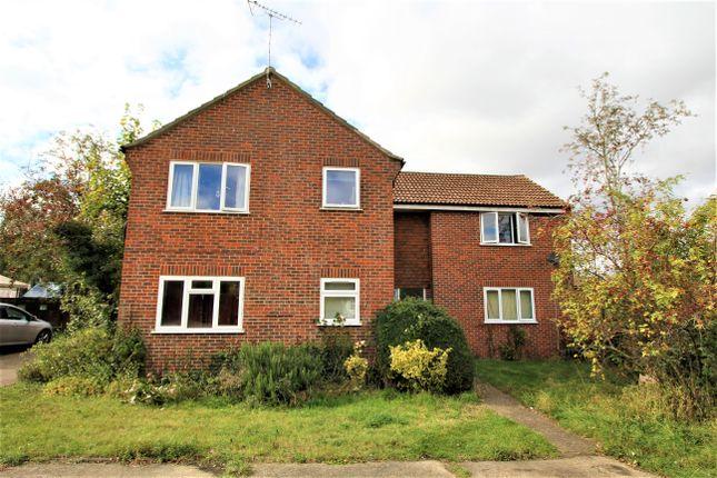 Studio for sale in Salisbury Close, Alton, Hampshire GU34