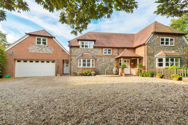 Thumbnail Detached house for sale in Dummer, Basingstoke