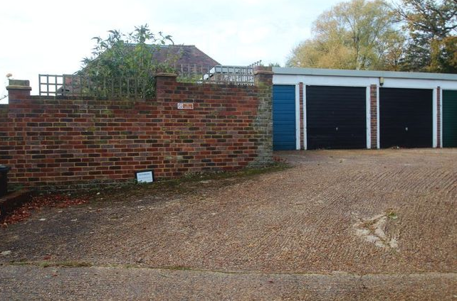 Image: 1 of Angle Place, Sparrows Green, Wadhurst TN5