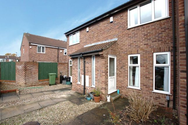Thumbnail Terraced house to rent in Invicta Court, York