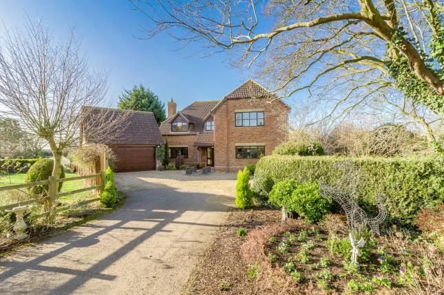 Thumbnail Detached house for sale in Lime Tree Drive, Dunton, Biggleswade, Bedfordshire