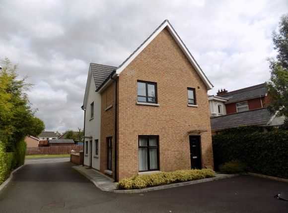 Thumbnail Flat to rent in Greenwood Court, Lisburn