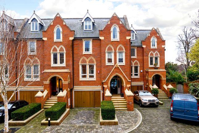 Thumbnail Property to rent in Pomeroy Close, Twickenham