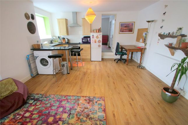 Thumbnail Flat to rent in Grange Road, Bishopworth, Bristol