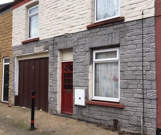 Thumbnail Flat for sale in Percival Street, Scunthorpe