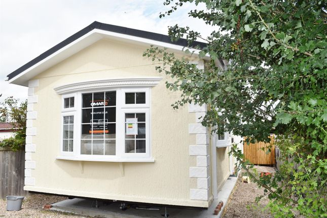Thumbnail Mobile/park home for sale in Grosvenor Park, Boroughbridge Road, Ripon