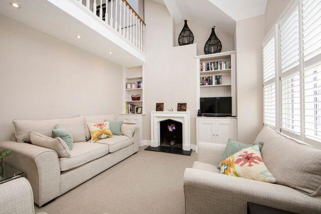 Thumbnail Duplex to rent in Edenvale Street, London