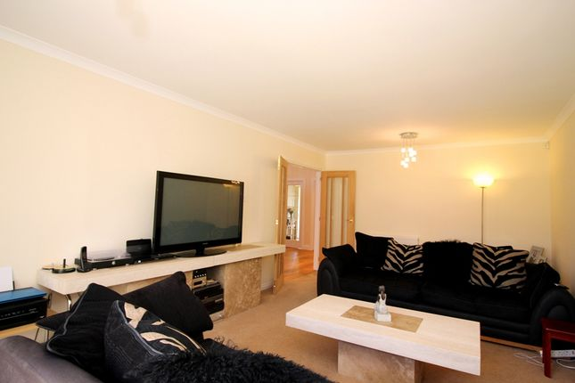 Sitting Room of Castlewood Avenue, Dundee DD4