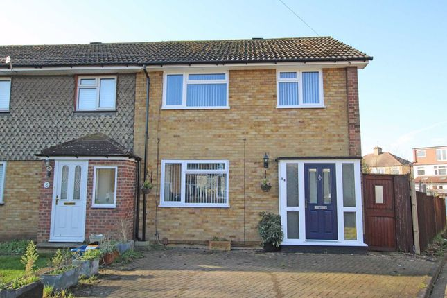 Property for sale in Chase Gardens, Twickenham