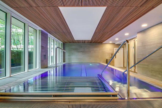 2 bed flat to rent in 340 Queenstown Road, London, Wandsworth
