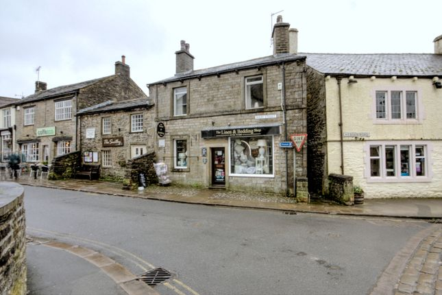 Thumbnail Flat for sale in Pletts Fold, Grassington