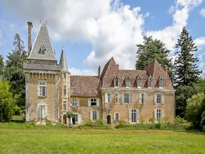 Thumbnail Farm for sale in Thiviers, Dordogne, France