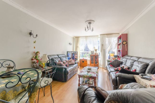 Thumbnail Terraced house for sale in Lawrence Place, Islington