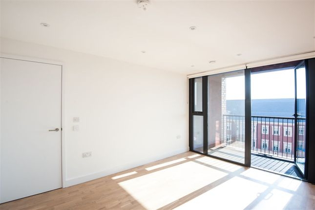 Thumbnail Property to rent in Burgess Springs, Chelmsford