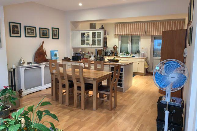 Living Room of High Street, Hampton Wick, Kingston Upon Thames KT1