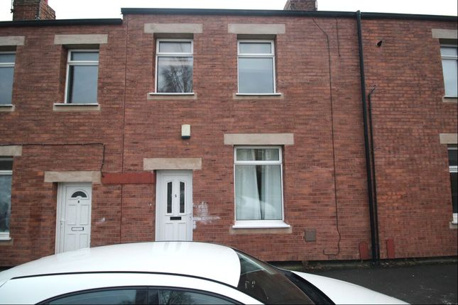 2 bed terraced house to rent in Pine Street, South Moor, Stanley DH9