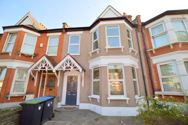 Thumbnail Terraced house to rent in Kelvin Avenue, Palmers Green