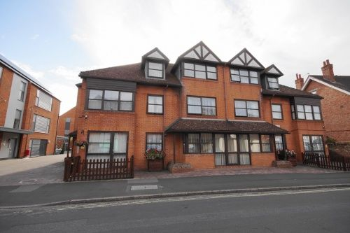 Thumbnail Flat to rent in Beechleigh Place, Southampton Road, Ringwood