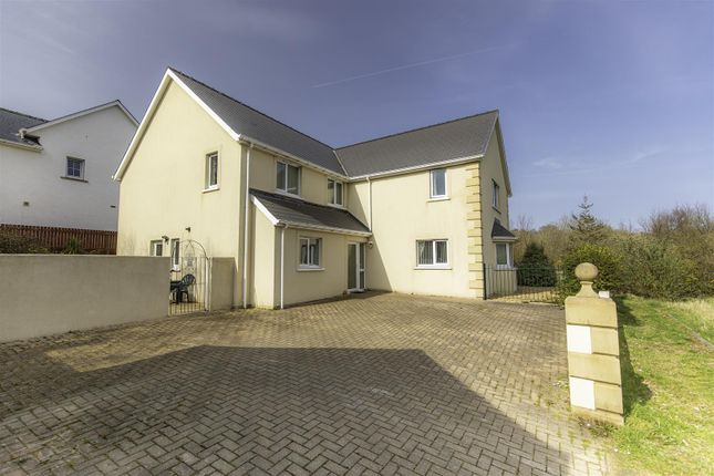 5 bed detached house for sale in Hafan Gerdd, The Meadows SA64