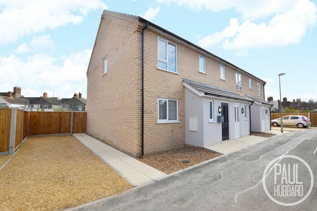 3 bed end terrace house to rent in Garden Villas, Royal Avenue, Lowestoft NR32