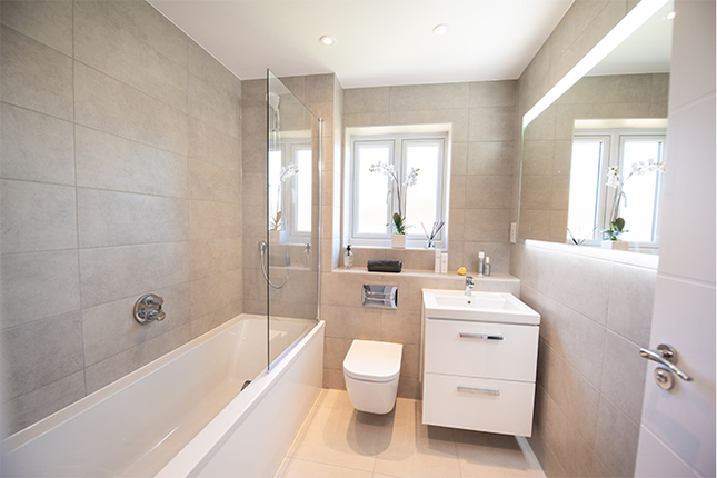 Family Bathroom of Plot 163 - The Drayton, Crowthorne RG45