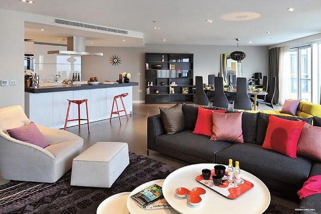 Thumbnail Flat to rent in City Road, Premier Unit, Bezier Apartments, London