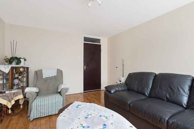 Thumbnail Flat for sale in St. John's Way, London