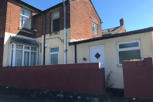 Thumbnail Flat to rent in Charlotte Street, Walsall, West Midlands