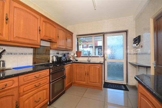 Thumbnail Terraced house for sale in Hickling Road, Ilford, Essex